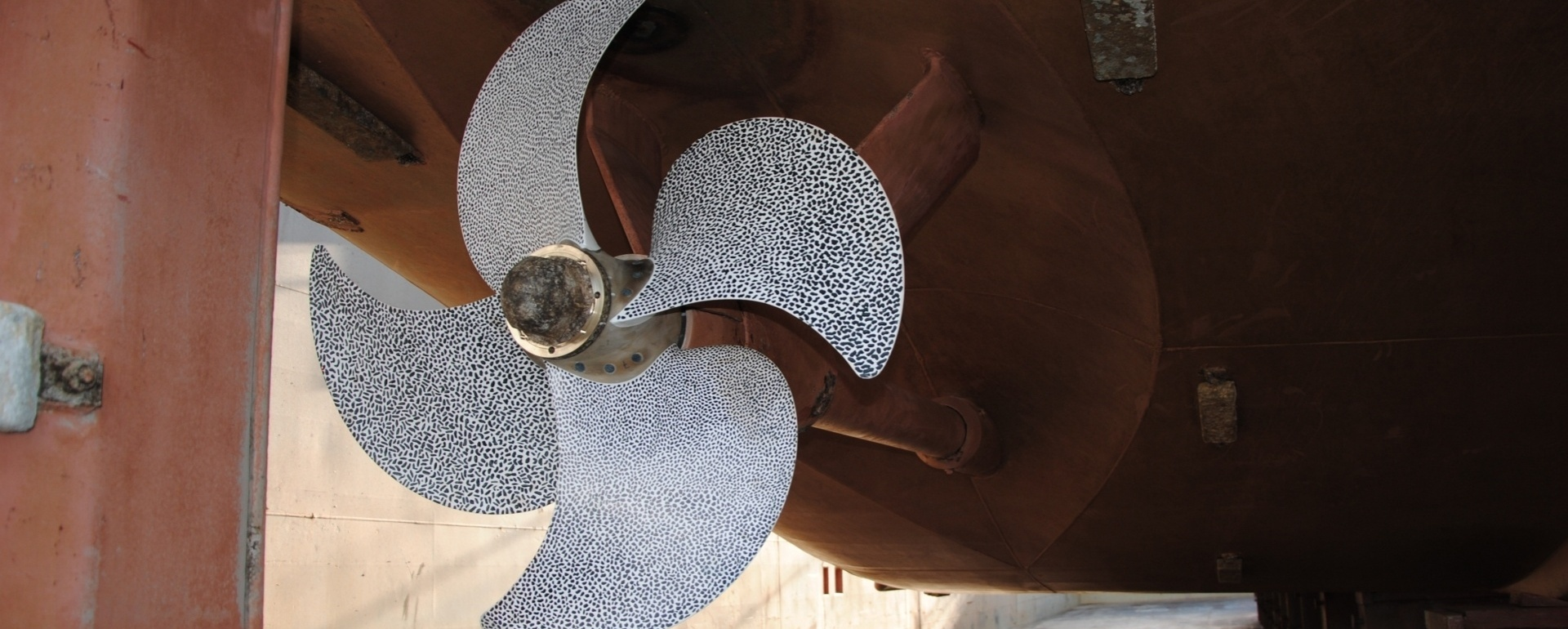 The propeller of the future; The Greenprop composite propeller